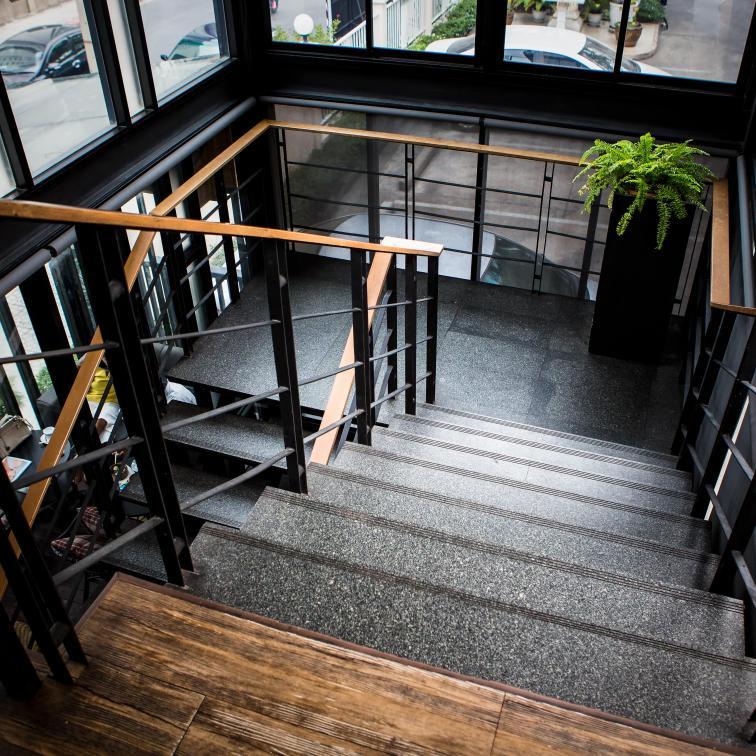 Metal stair balustrades and railings Lamo