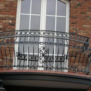 Balustrada balkonowa stalowa Lamo