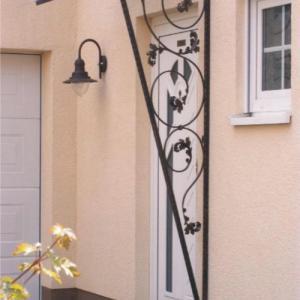 Daszek nad drzwiami Lamo