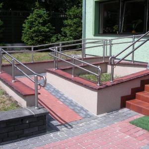 Nierdzewna balustrada zewnętrzna Lamo