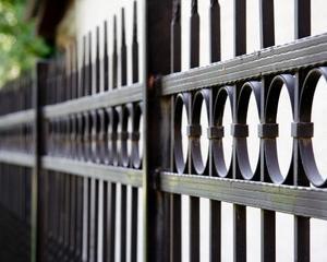 Ogrodzenia i bramy stalowe Lamo