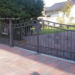 Stalowa brama i ogrodzenie Lamo