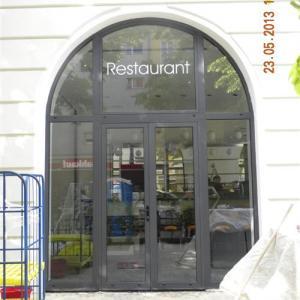 Aluminium Storefront Lamo 1
