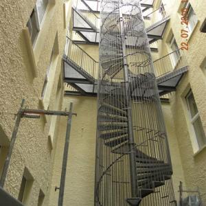 Spiral staircase outdoor Lamo