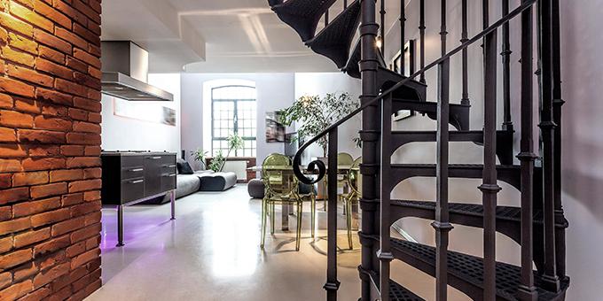 Schody metalowe – niebanalny sposób na połączenie pięter