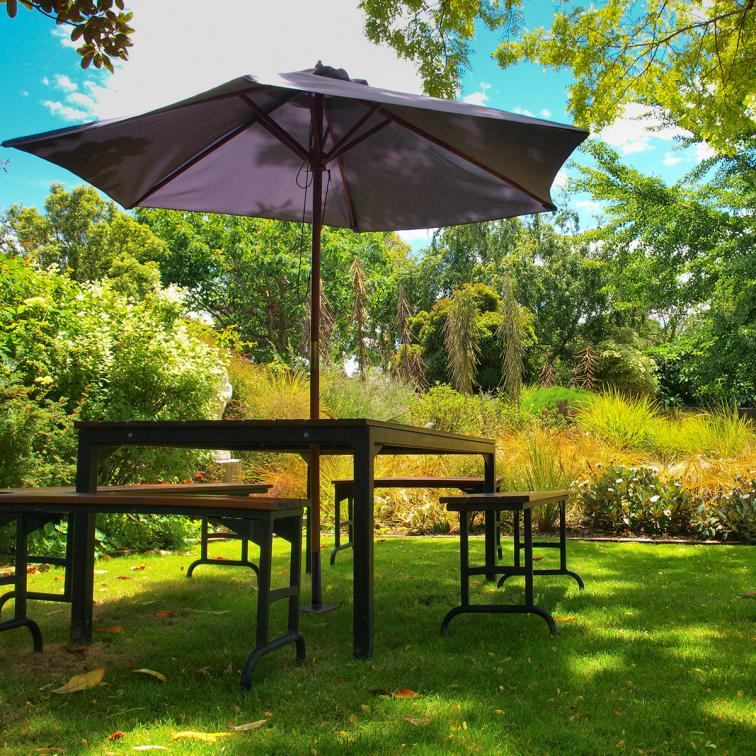 Garden parasol stand Lamo